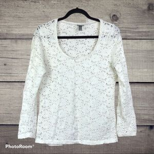 Vanity. White lacey long sleeve scoop neck top L.